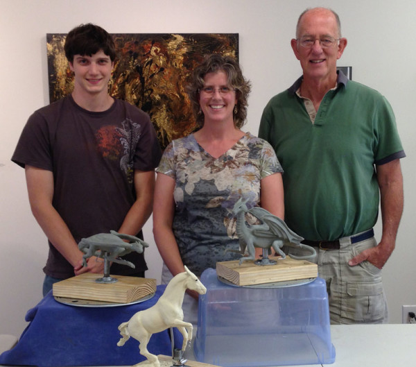 Robyn Ryan Sculpture Workshop class picture