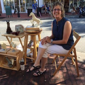 Artist Robyn Ryan, Ready to Demo her Sculpting