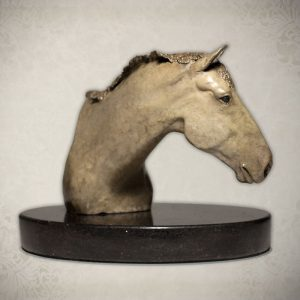 """Irish Hunter"" bronze sculpture by Robyn Ryan"