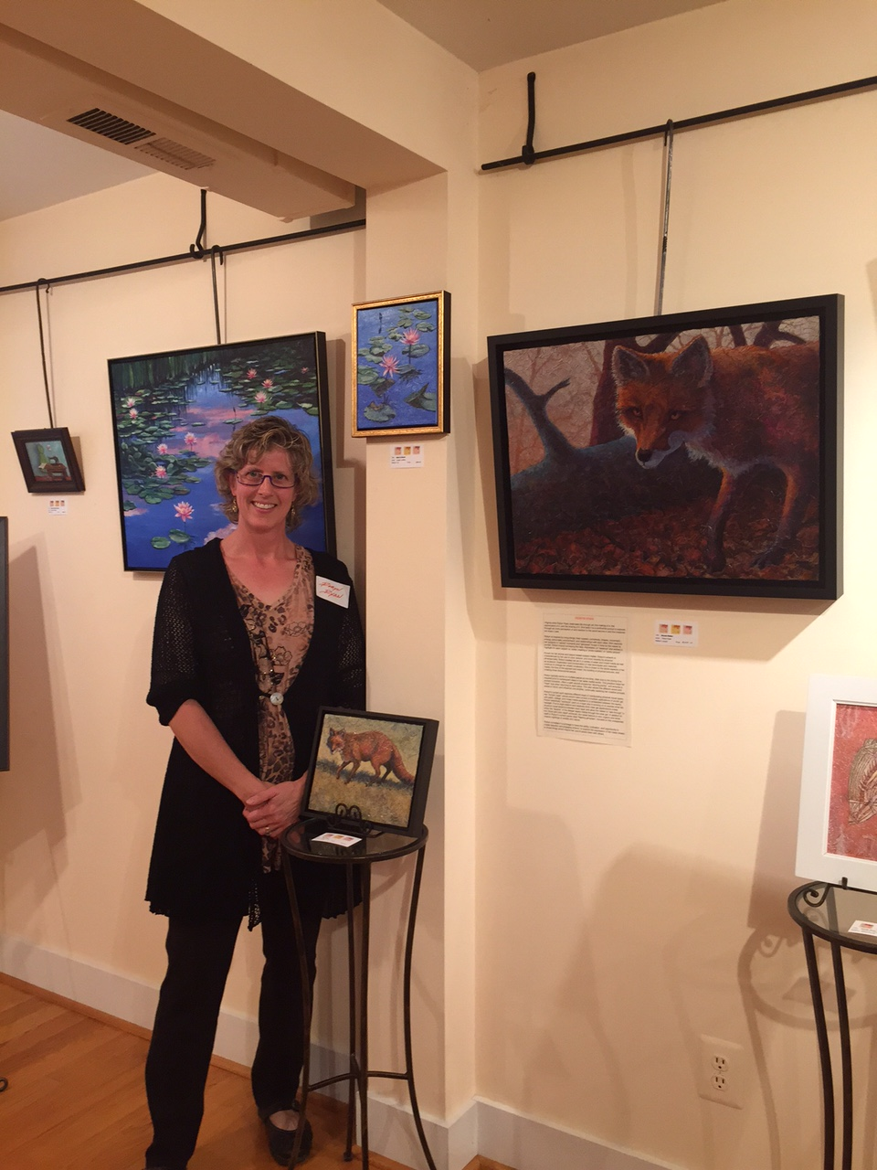 "VA Artist Robyn Ryan with Fox Paintings at ""Scale"" Exhibit"